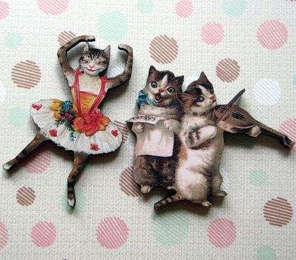 Kitsch kitties - the entertainers - woodcut magnet duo