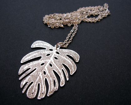 Palm leaf on long chain