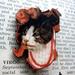 Kitsch kitty brooch - cat in formal hat