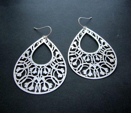 Filigree teardrop earrings