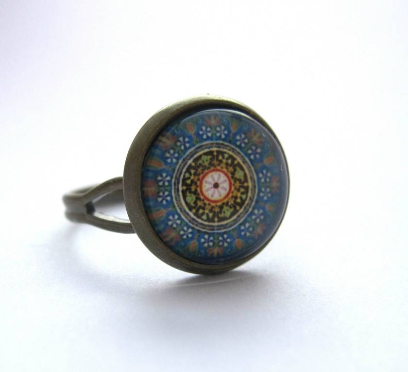 beautiful blue circular design stud earrings