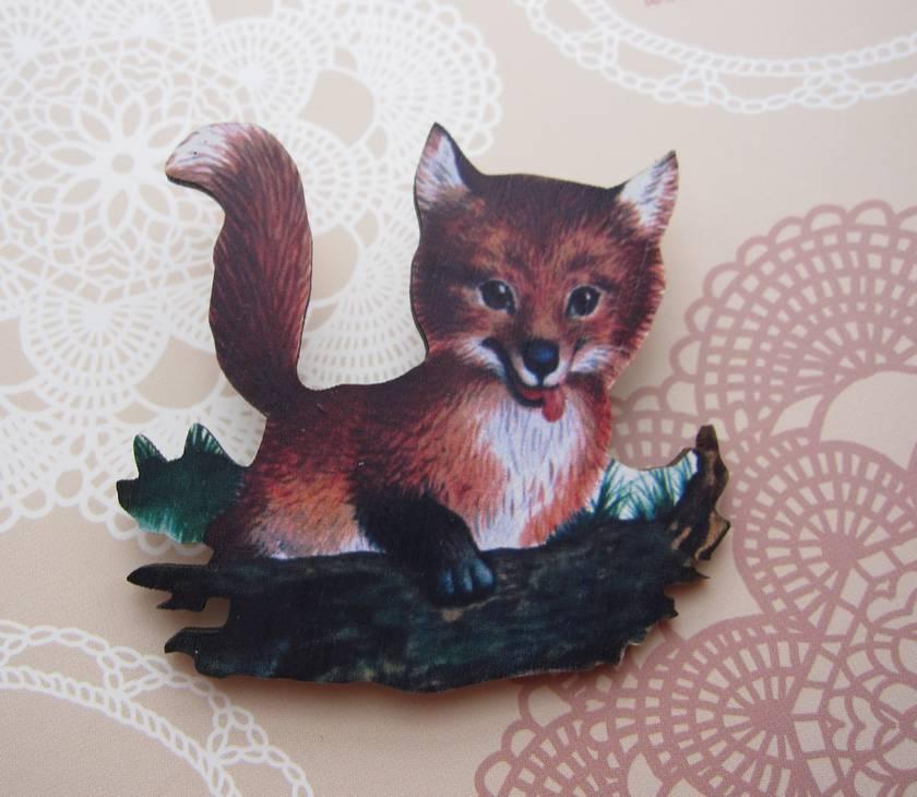 sale - Playful fox brooch