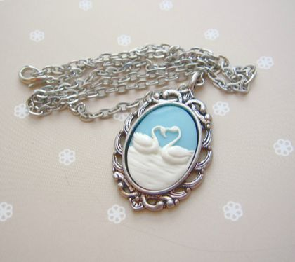 Shabby chic swan necklace