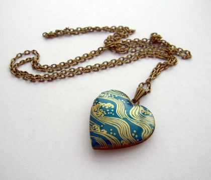 pretty patterned heart locket necklace - teal waves