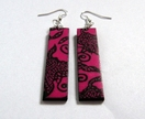 Magenta abstract patterned earrings