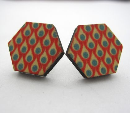 Hexagonal droplets pattern - wooden stud earrings