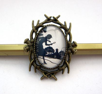 Nancy Drew brooch