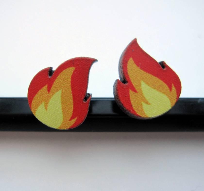 flame stud earrings