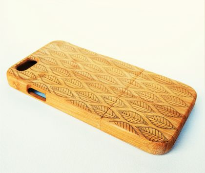 WOODEN PHONE CASE iPhone etched leaves