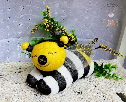 Sleeping buddy Bee Happy, soft toys