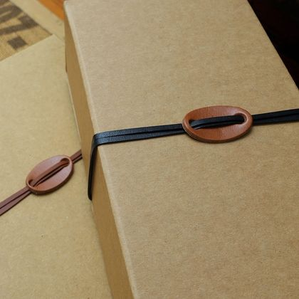 Leather Parcel Ties (1m)