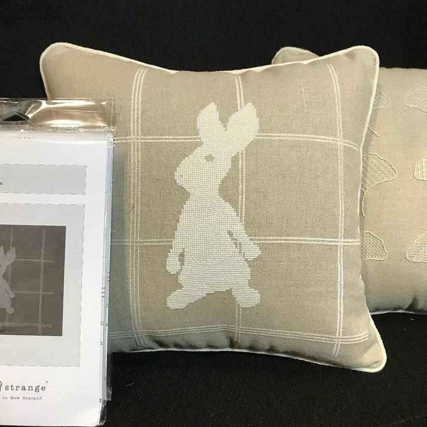 Tartan Hare (Counted Cross-stitch)