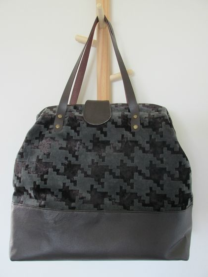 Carpet Bag - browns