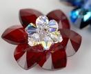 Flower-shaped pendant - Swarovski® Hearts - You choose colours