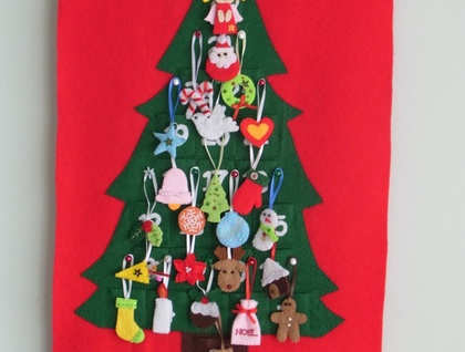 Felt Christmas Advent Calendar no.18 ---PDF pattern---
