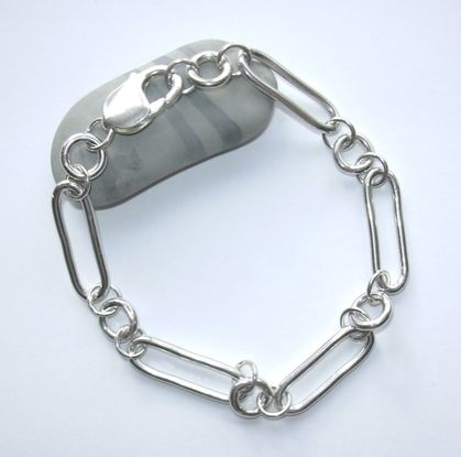 Silver oval and circle link bracelet