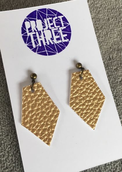 Kite vegan leather earrings - small deep gold