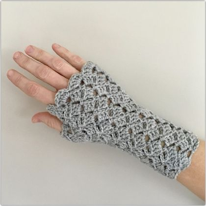 Fingerless Merino Gloves - Grey