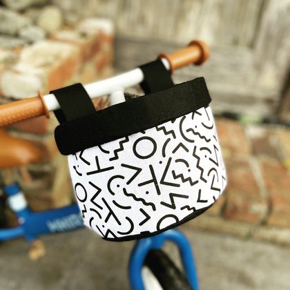 Bike & Scooter HandleBar Basket | Clip on | Black and White Active