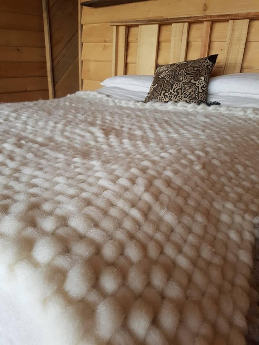 Hand woven wool duvet inner/blanket( Queen Size)