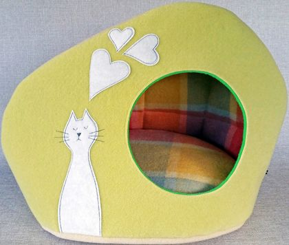Eco CAT BED - SALE - NZ Made