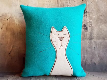 Cat Cushion - NZ Wool - NZ Made