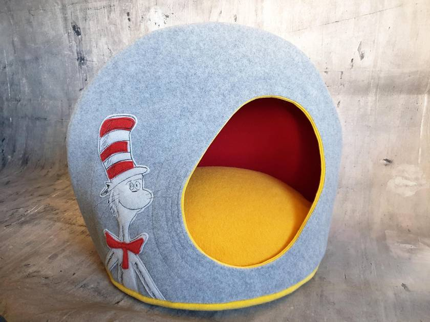 CAT BED - NZ Made - Dr Suess