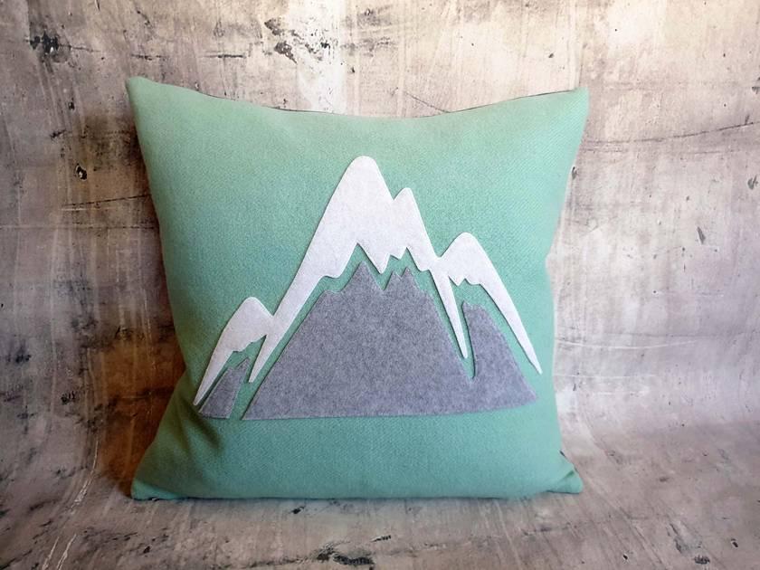 Mountain Cushion - NZWool - NZ Made