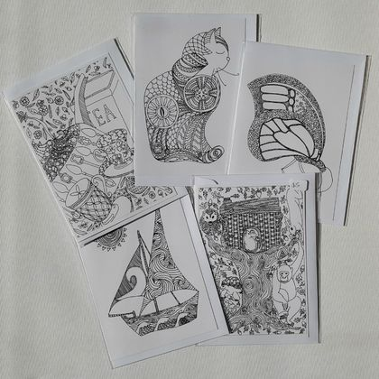 3-PACK colour-your-own greeting card