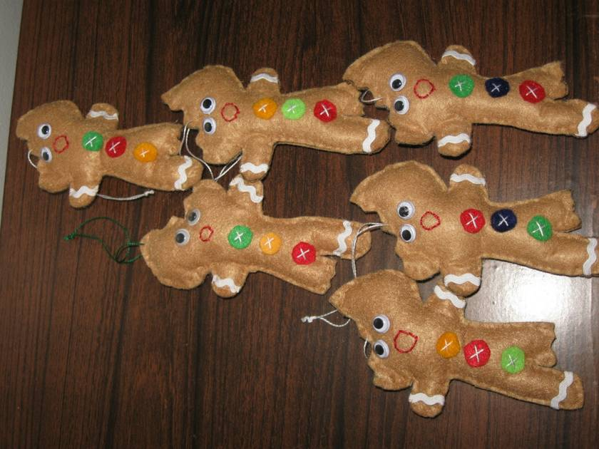 novelty nibbled gingerbread men
