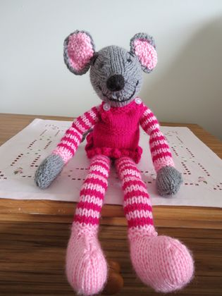 Cute  handknitted mice