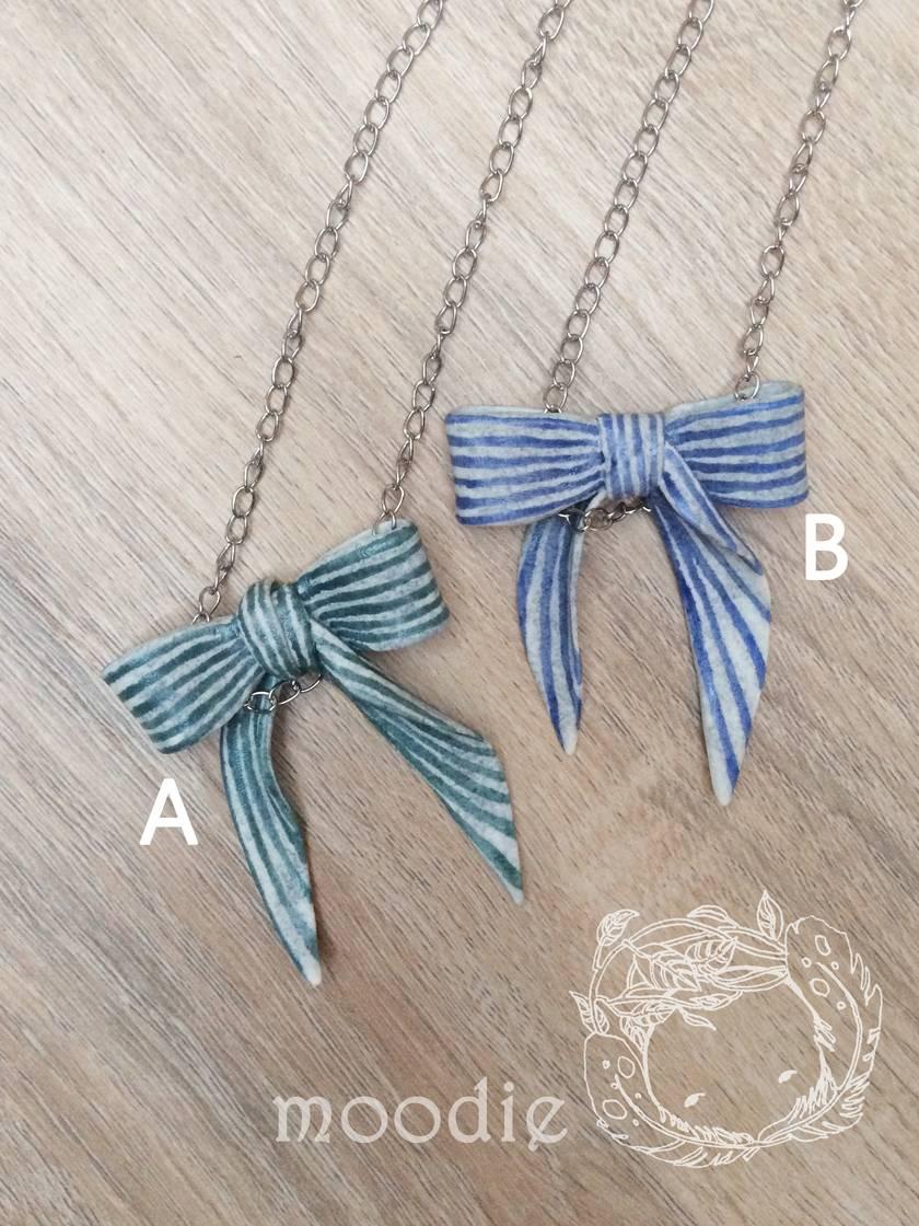 Strip bow necklace #B