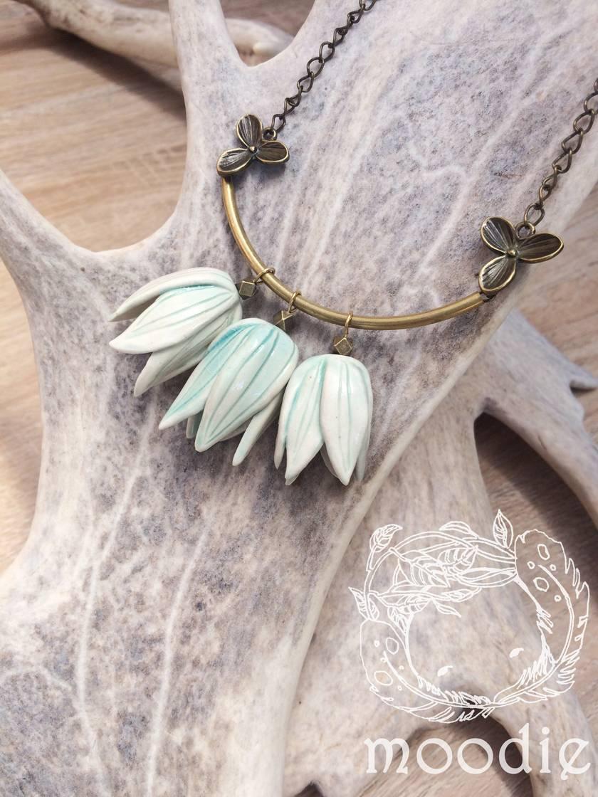 petal bells necklace