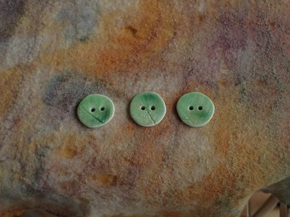 Three handmade ceramic buttons, green fern