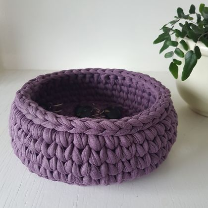 Large Treasure Bowl (mauve)