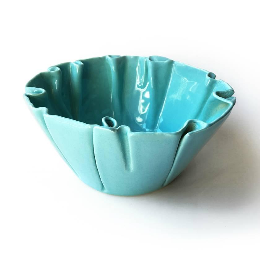 Medium Wrinkled Ceramic Bowl