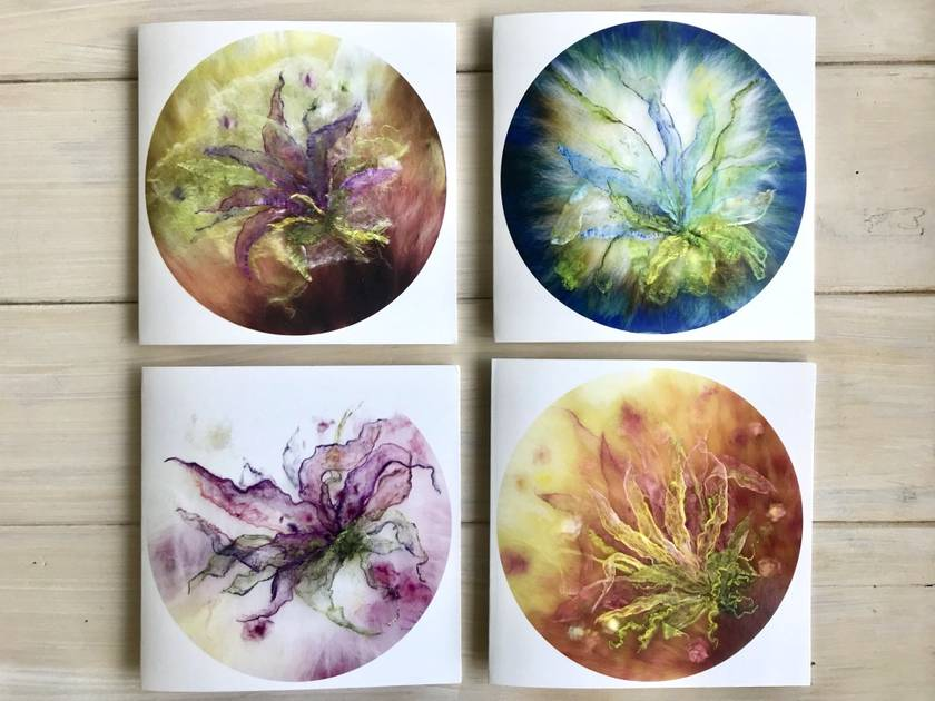 "Pack of 4 Fibre Art Greetings Cards, ""Lilies"""