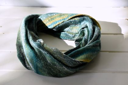 "Merino Loop Scarf ""River Gorge""  -  Single loop with green tones, wet felted wool with silk fibre ,handmade light & soft fine felt, circular infinity scarf, casual wear"