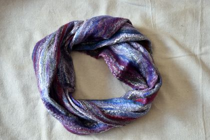 "Merino Loop Scarf "" Cottage Garden"" - NZ Merino Wool"