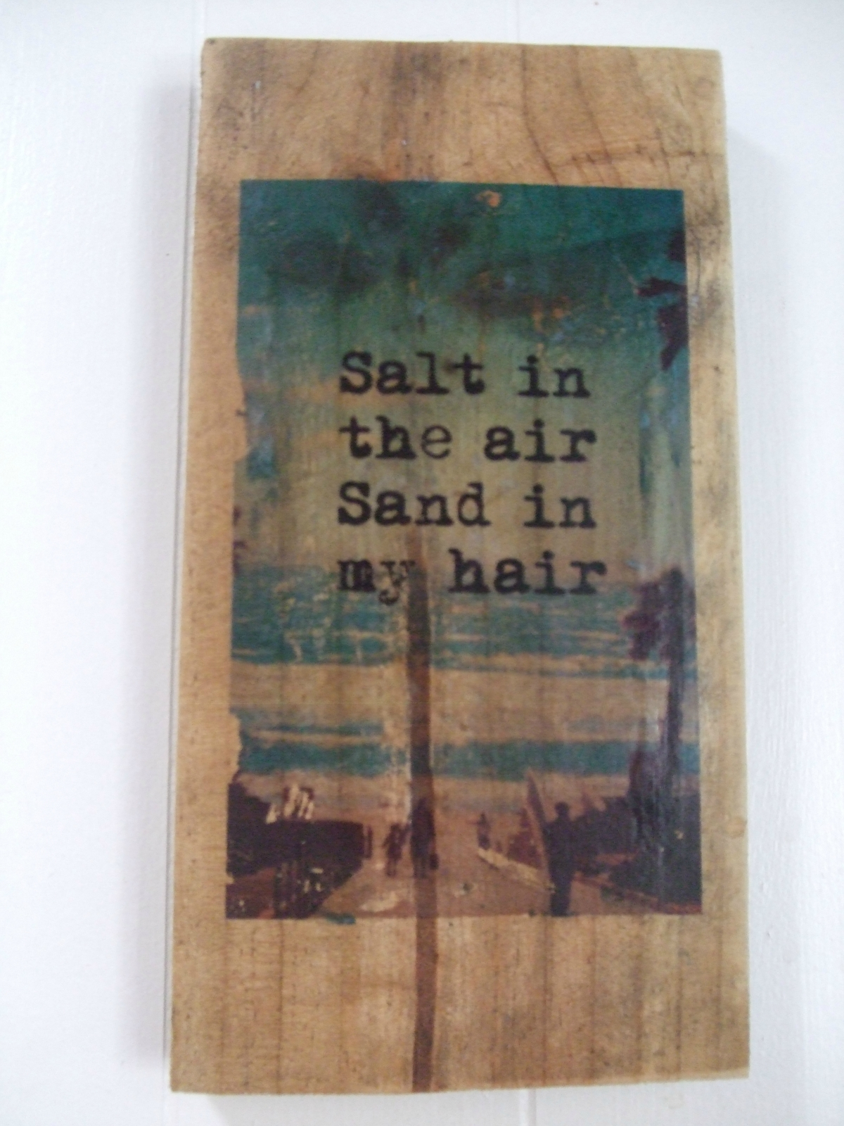 Upcycled pallet wall decor 4 50 felt for Pallet wall decor
