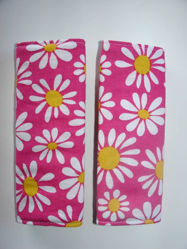 Baby Seat Belt Covers/pads and Wooden ring Teether. .  Beautiful Summer Daisy's   *Limited Edition fabric*