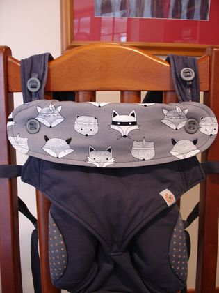 "Drool Bib for Ergo 360 Baby Carrier - ""Bandit Fox"""