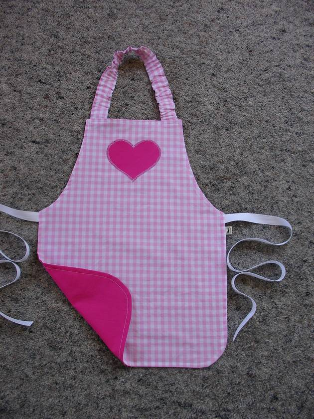 Child's Apron - size 2-3 years - Classic Pink Gingham