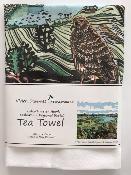 Kahu/Harrier Hawk Tea Towel - New Zealand Native Birds collection