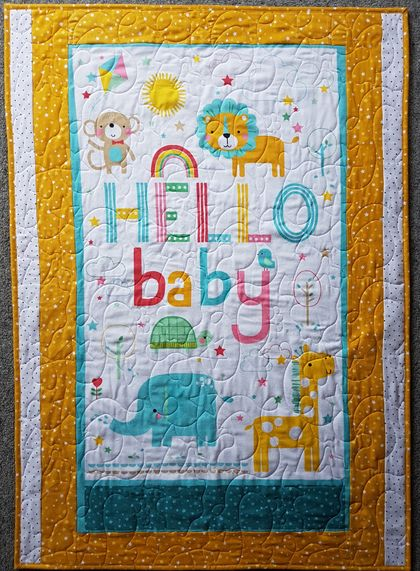 Hello Baby Cot Quilt, baby Quilt, Baby Gift, baby shower, stroller throw, Play Mat, Play Blanket, patchwork quilt