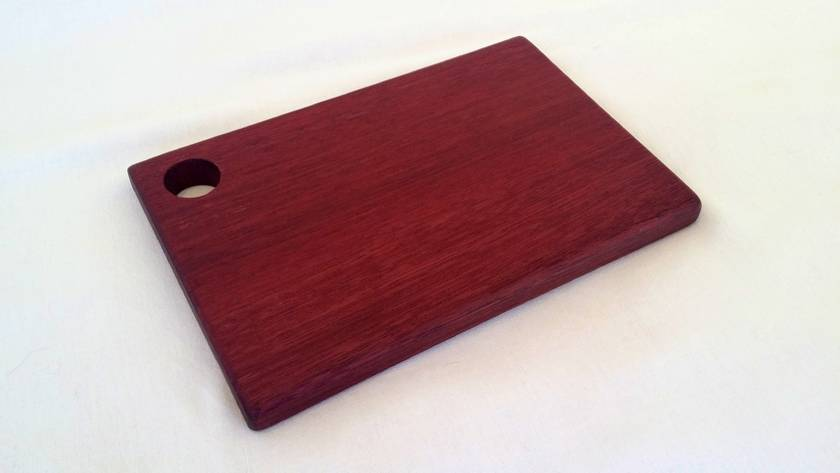 "Purpleheart cutting/cheese board - The ""Little Stinker"""