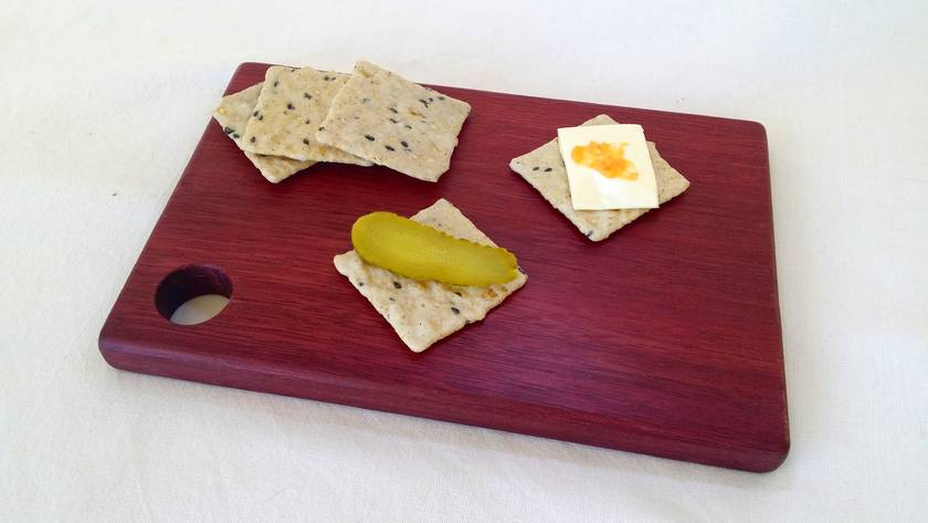 "Purpleheart cutting/cheese board - The ""Little Stinker"""