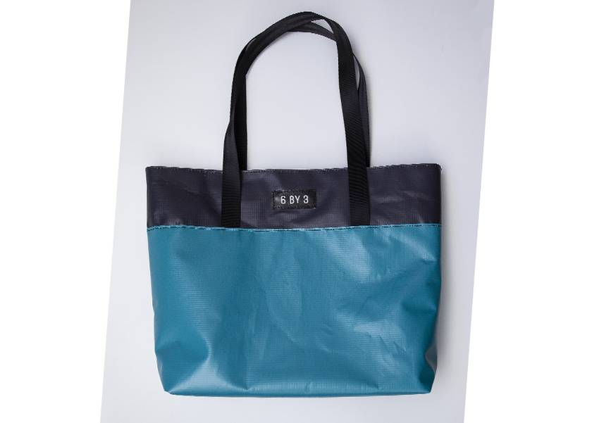 (Fabric lined) Upcycled billboard material Carry Bag