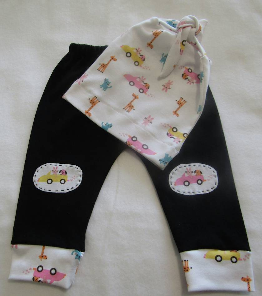 Baby Leggings with matching Beanie. 0-3 months. 3 Styles