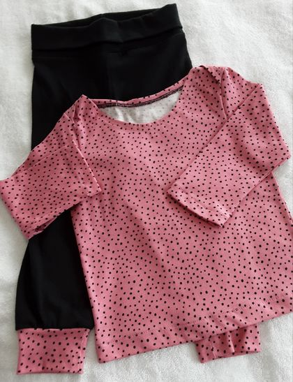 Top & Pants set . 12 months